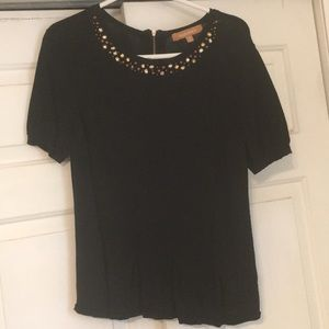 Short sleeved sweater with rhinestones